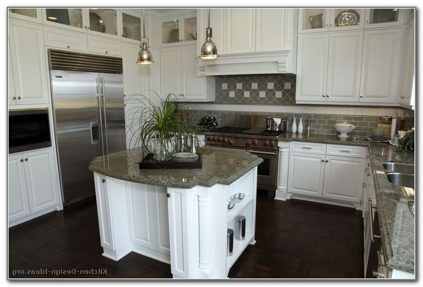 Kitchen Makeovers With White Cabinets