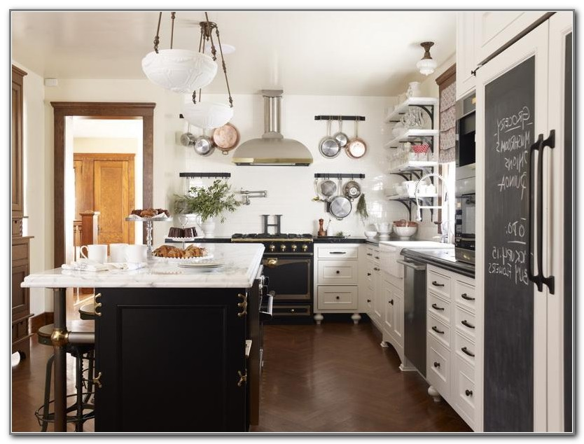 Pottery Barn Kitchens Book
