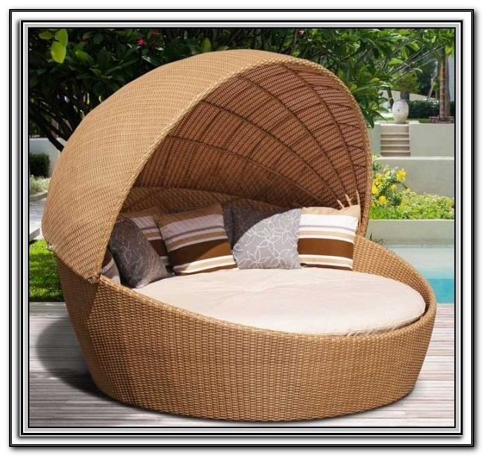 Rattan Patio Daybed With Canopy And Cushions