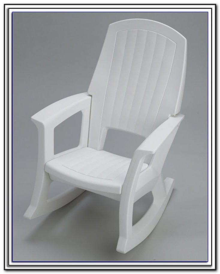 White Plastic Stacking Patio Chairs