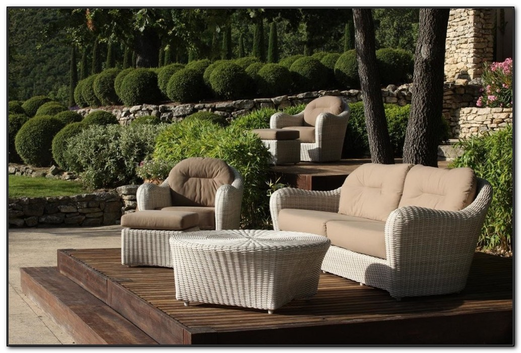 Wicker Outdoor Sofa Cushions