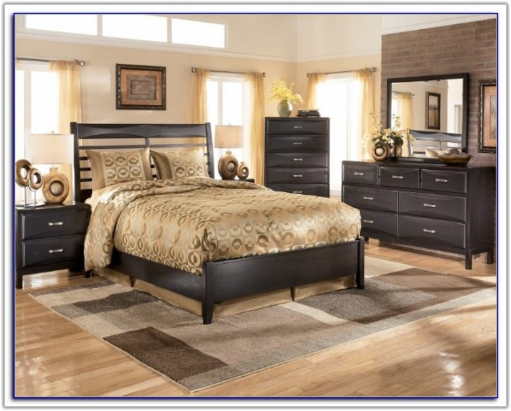 Ashley Porter Panel Queen Bedroom Set
