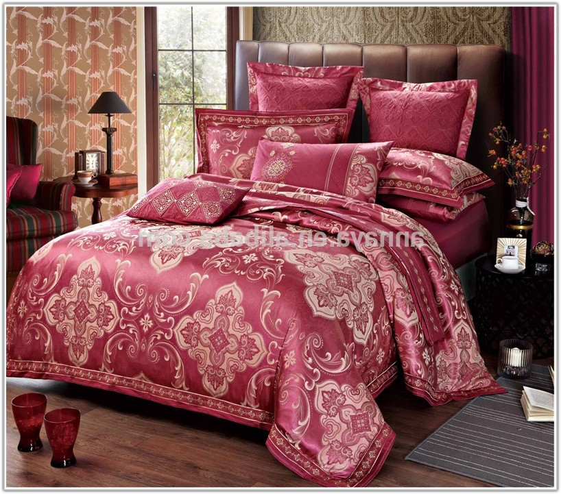 Bed Sheet And Quilt Set