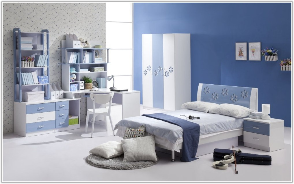 Decorating Ideas For Bedrooms With Blue Walls