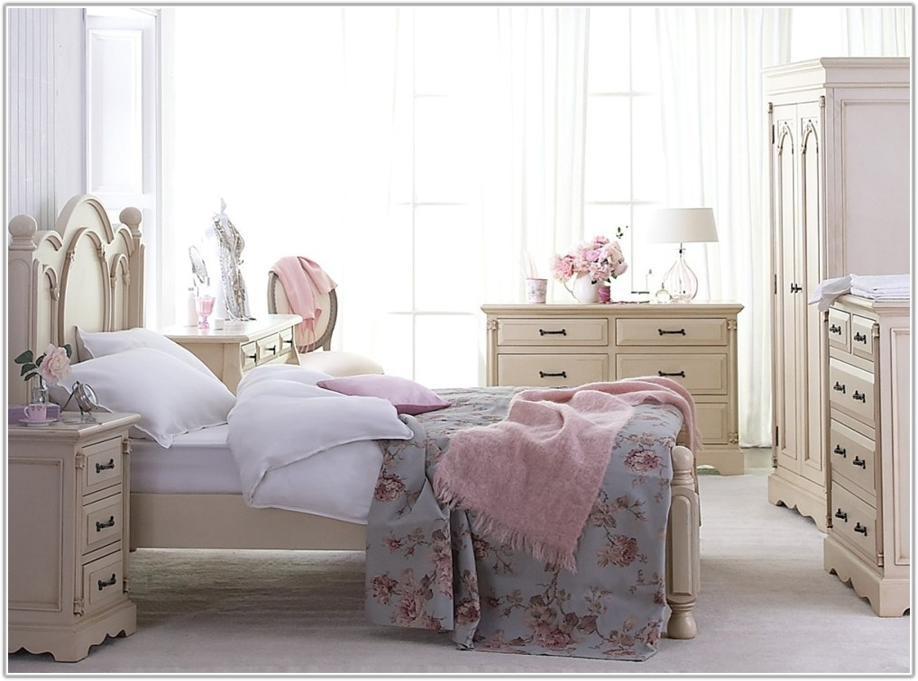 French Shabby Chic Bedroom Furniture Set