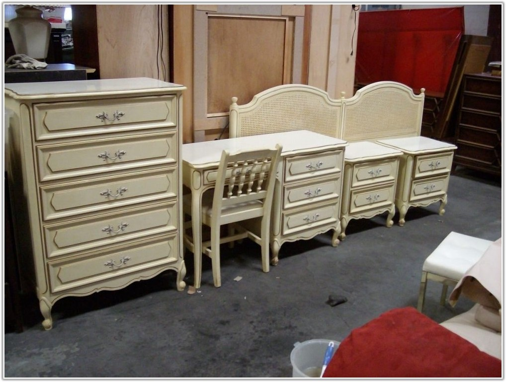 Henry Link Bedroom Furniture Wicker