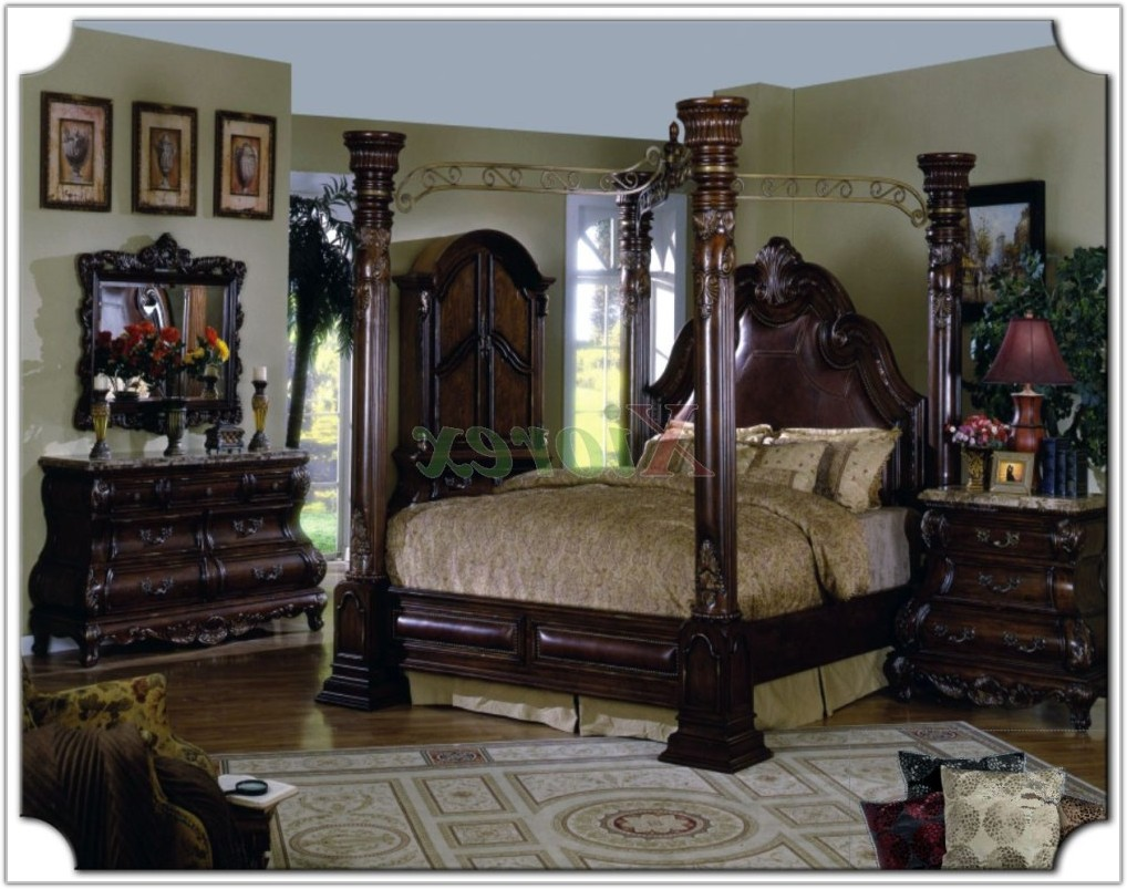 Leather Canopy King Bedroom Set