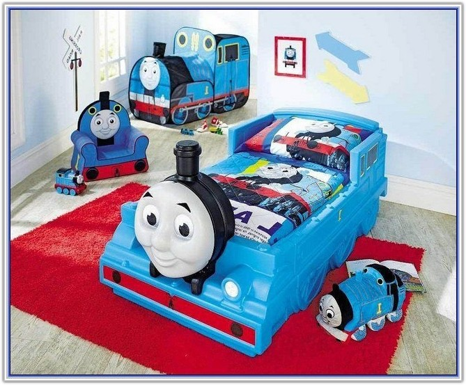 Thomas And Friends Toddler Bedding Set