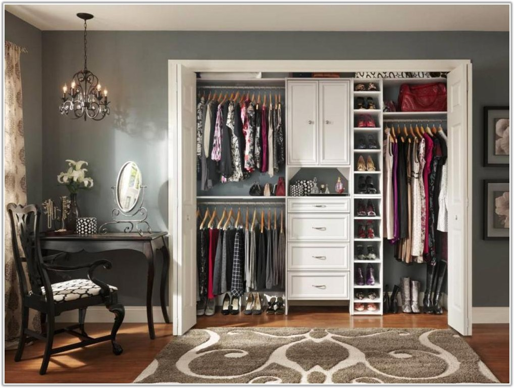 Tips For Organizing A Small Bedroom Closet