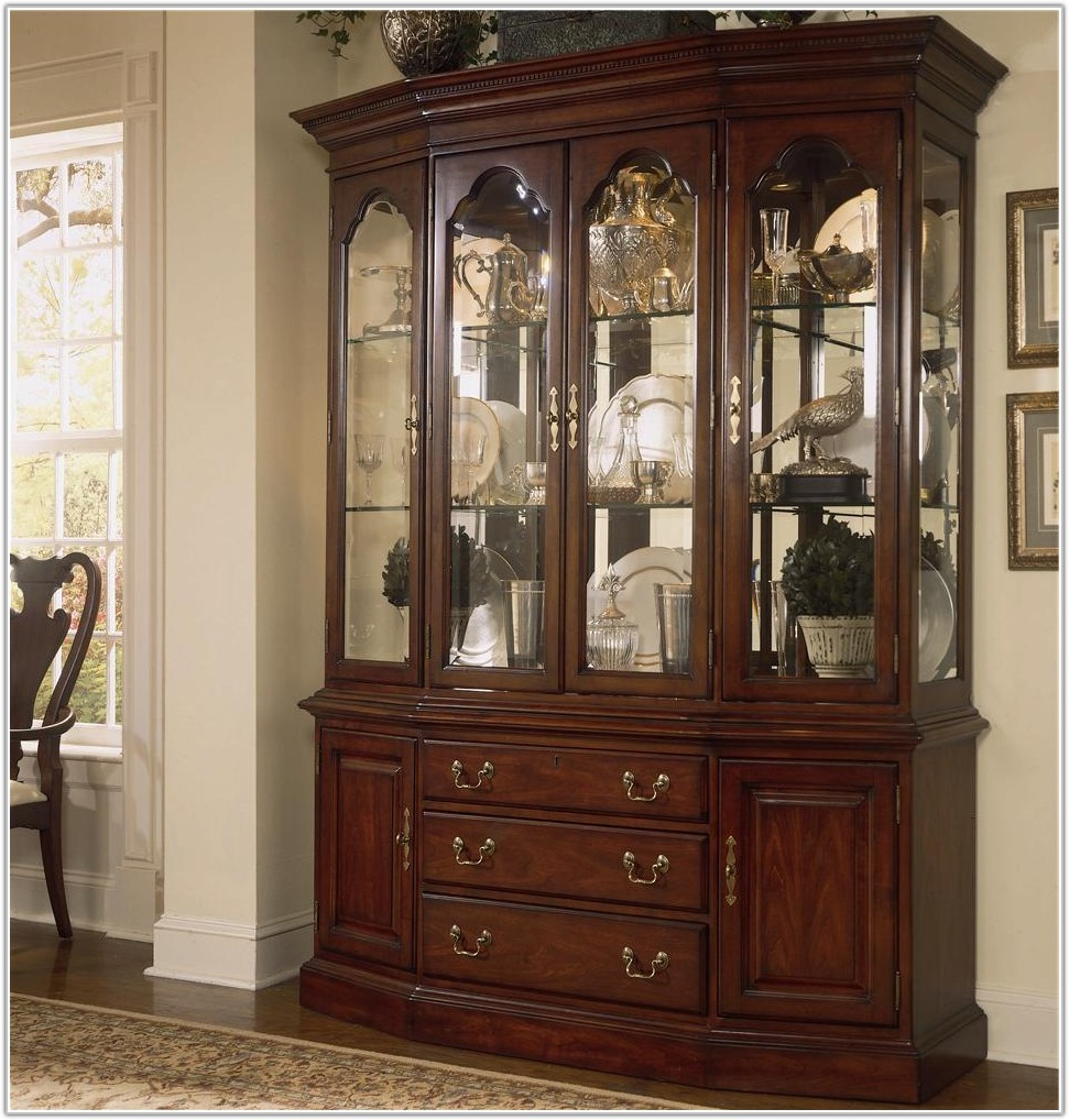 China Cabinets With Glass Doors