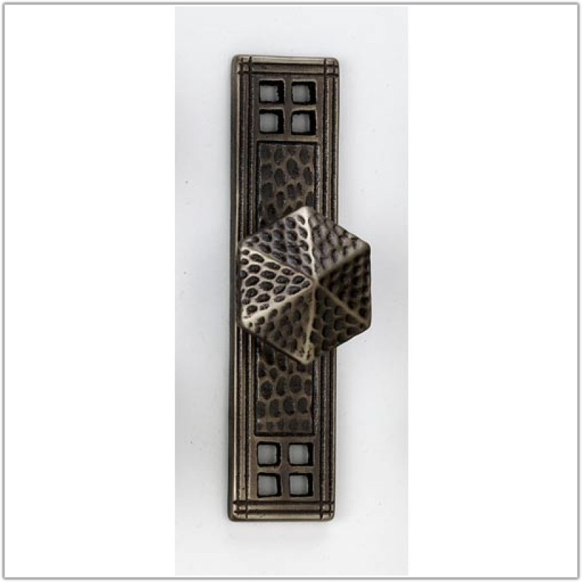Craftsman Style Cabinet Door Hardware
