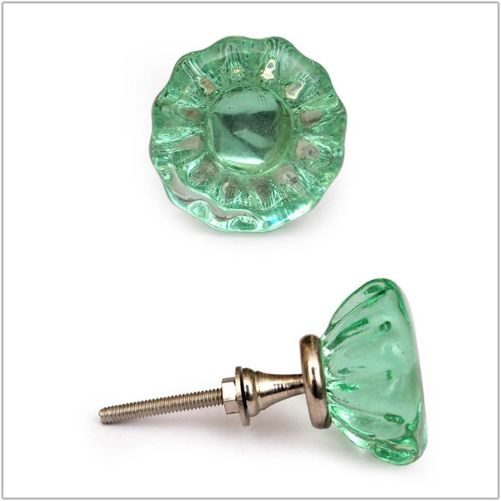 Green Glass Cabinet Knobs And Drawer Pulls