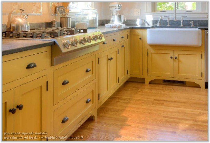 Kitchen Base Cabinets On Legs