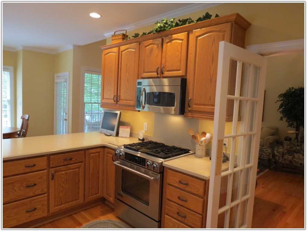 Light Oak Kitchen Cabinet Designs