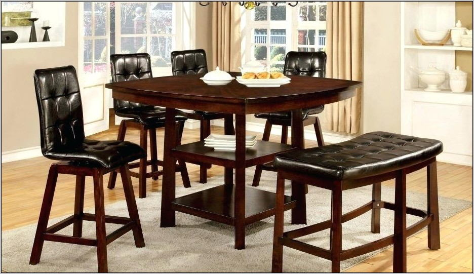 Leahlyn 5 Piece Dining Room