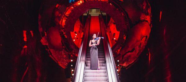 Electric violinist london Kimi Lye