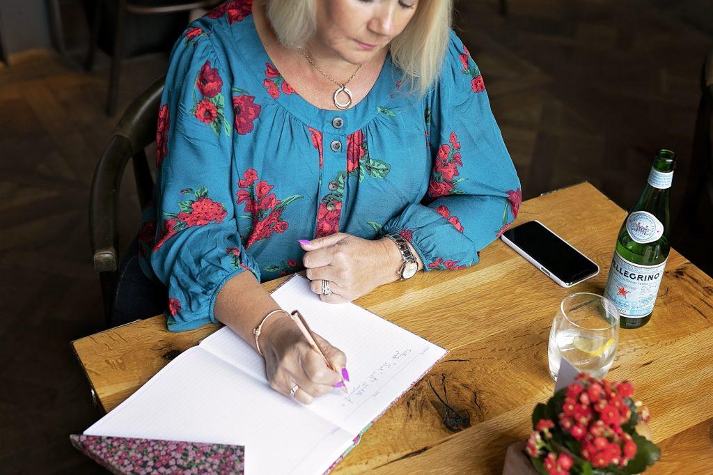 Wedding Planner Yorkshire. Creating Your Wedding Budget