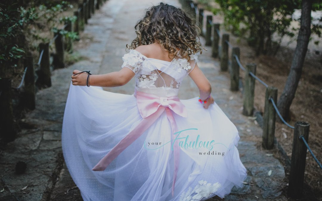 5 Tips To Choose The Perfect Flower Girl Outfit