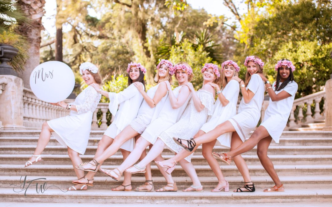 How To Create A Personalised Proposal For Your Bridesmaids