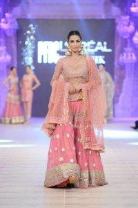 Bridal Sharara Designs For Indian & Pakistani Women 2