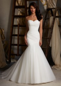 Beautiful Sweetheart Neckline Wedding Dresses For Summer 4