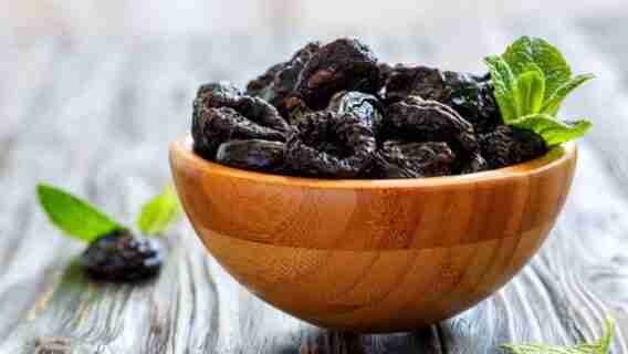 Do Prunes Make You Poop Right Away
