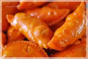 sugar-coated gujiya | gujiya recipe at yourfoodfantasy