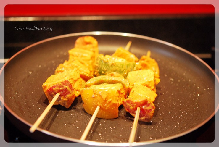Paneer Tikka on Tava | yourfoodfantasy.com by meenu gupta