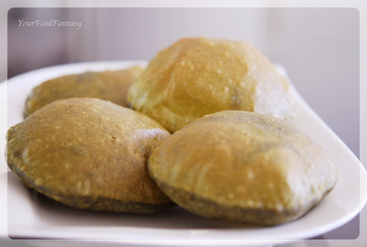 Spinach Puffed Indian bread | YourFoodFantasy.com by Meenu Gupta