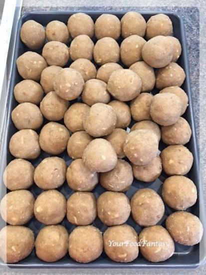 Recipe for Wheat Flour Ladoo | YourFoodFantasy.com