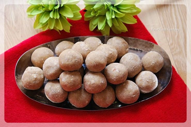 Wheat Flour Ladoo | Atta Ladoo Recipe | YourFoodFantasy