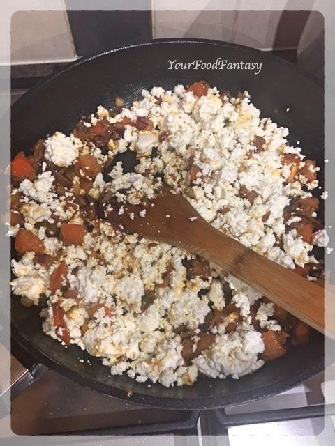 Adding Crumbled Paneer | Paneer Bhurji Recipe | Your Food Fantasy