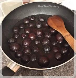 Kala Jamun in Sugar Syrup   Kala Jamun Recipe   YourFoodFantasy.com
