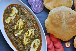 Spinach Egg Curry Recipe | YourFoodFantasy.com
