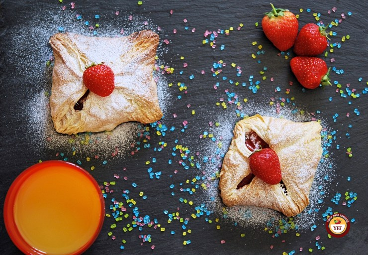 Apple and Strawberry Pockets | Apple based recipe | YourFoodFantasy.com