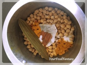 Boiling chickpea for Chickpea curry | Your Food Fantasy