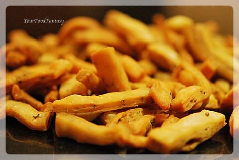 Pic2 of Namak Paray recipe at yourfoodfantasy.com by meenu gupta   like us on https://facebook.com/yourfoodfantasy