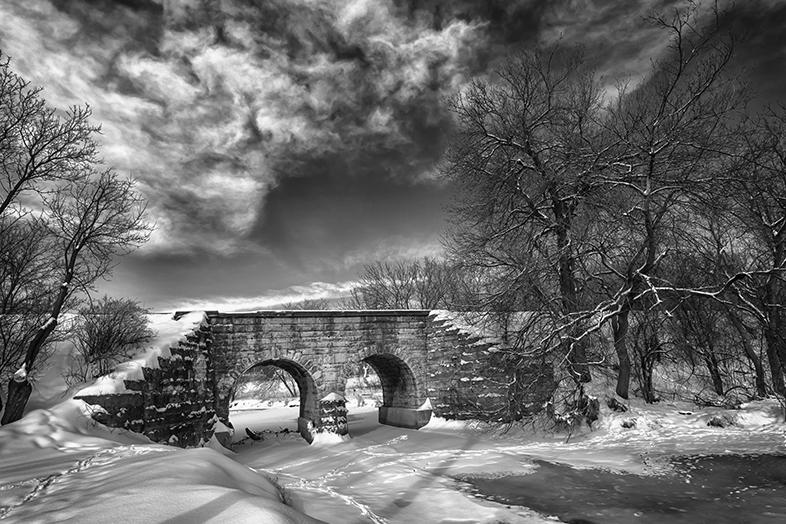 Bridge Trail Closed - Photo by Lauri Novak - Happier Place