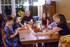 family game photo