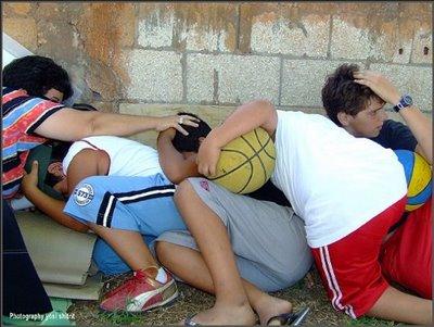 Sderot kids hiding