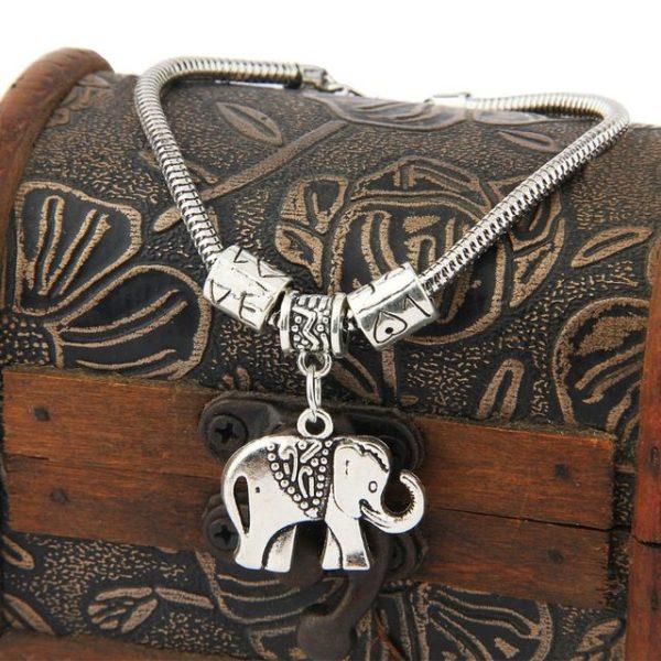 Bracelet-ladies-silver-elephant-pic
