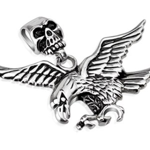 pendant-mens-stainless-steel-skull-clasp-fierce-eagle
