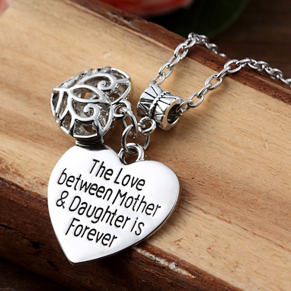 XIAOJINGLING-The-Love-Between-Mother-Daughter-Is-Forever-Hollow-Out-Heart-Pendants-Necklaces-Women-s-Mother3