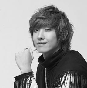 LEE JOON (Vocals)