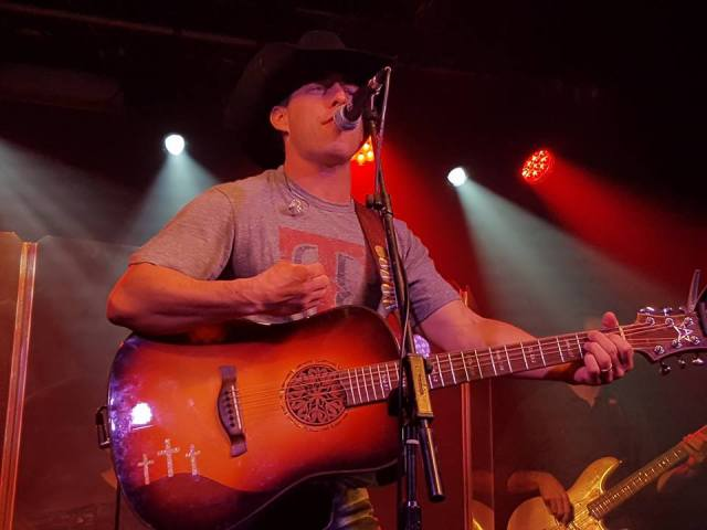 REVIEW: Aaron Watson – Live At The Garage, London