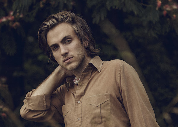 Andrew Combs Releases 'Blood Hunters' Video And Announces UK Tour