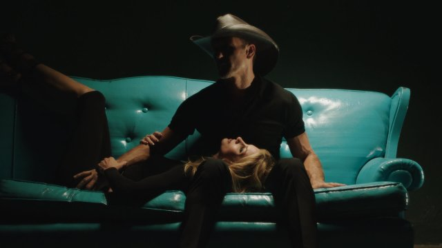 Tim McGraw & Faith Hill Release 'Speak To A Girl' Video