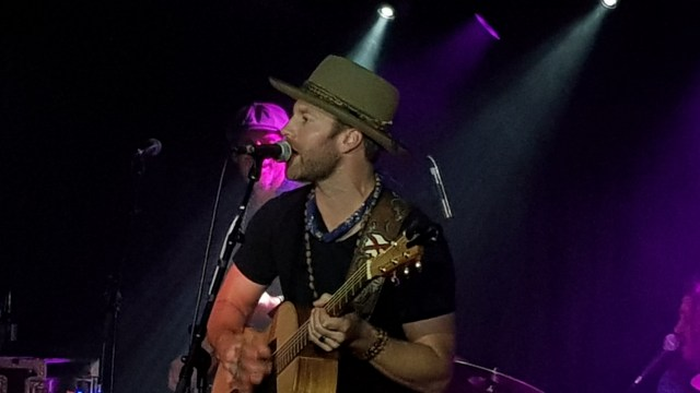 REVIEW: Drake White & The Big Fire – Live At The Borderline