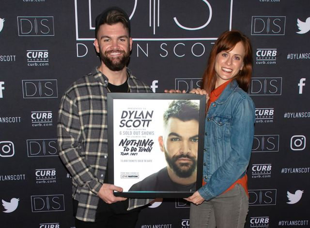 Dylan Scott Named One Of CRS' 'New Faces Of Country Music'