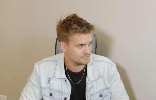INTERVIEW: Levi Hummon On Touring With Hunter Hayes, New Music & Plans Moving Forward
